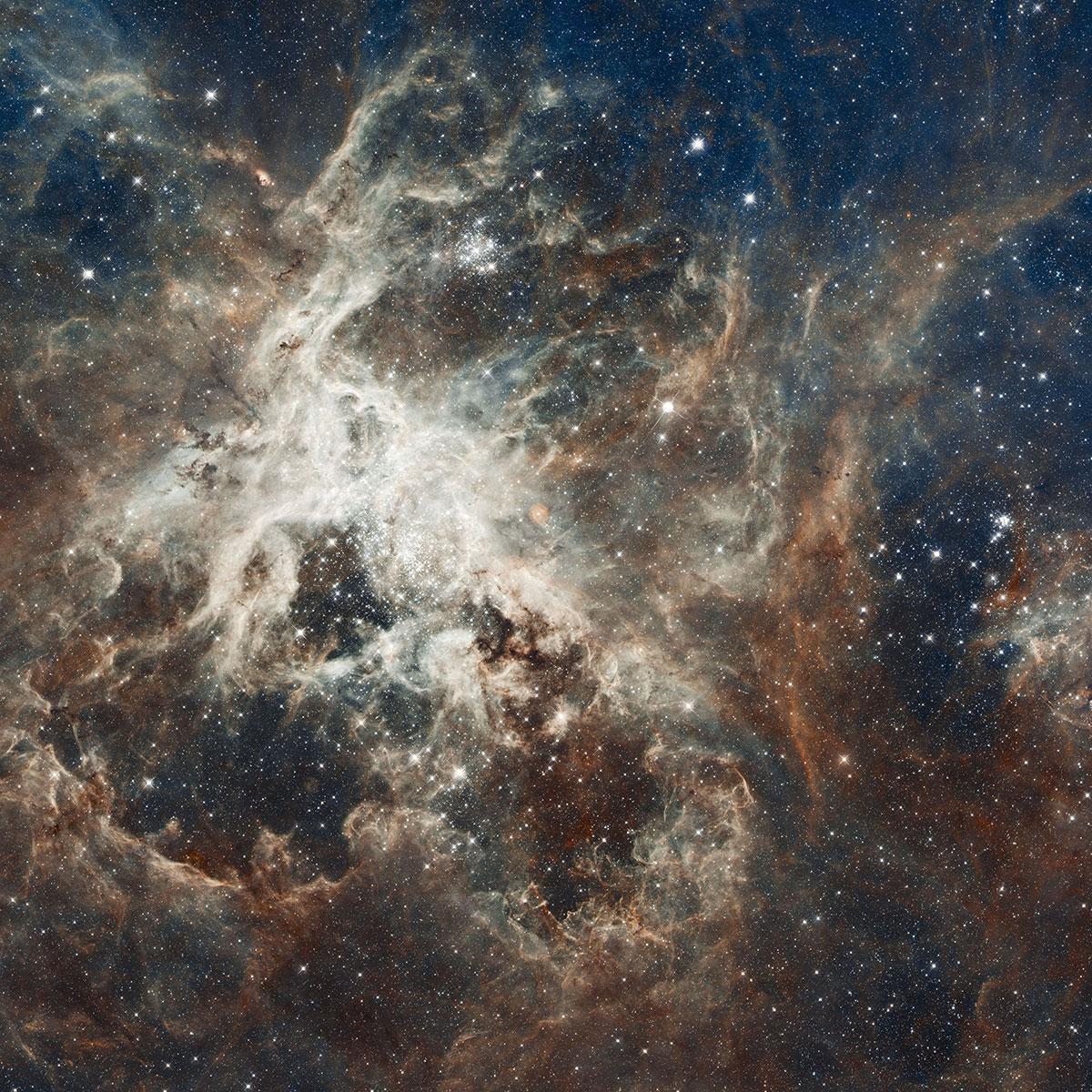 Атласная обёрточная бумага Космические пейзажи / Космические пейзажи